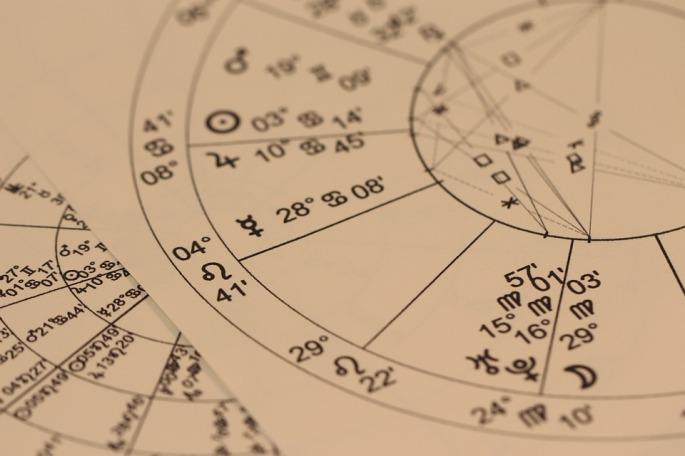 astrology-993127_960_720-1