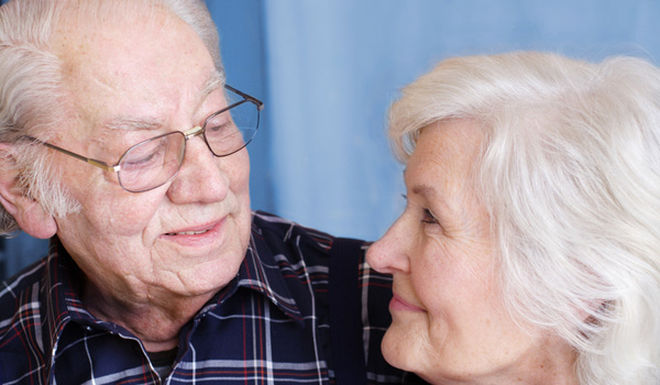 aging-couple-100915-02.jpg